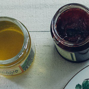 Sugar, Jams, Honey, Spreads & Syrups